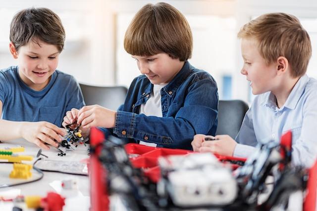 6 Ways to Improve Social Skills in Kids | Brain Balance