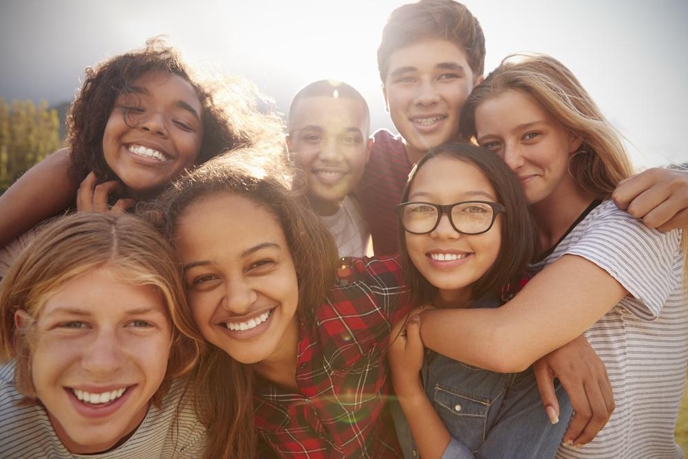 avoid-lonely-summer-making-friends-brain-balance