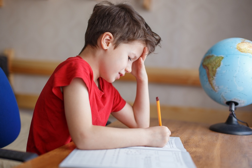 frustrated-student-with-dyspraxia