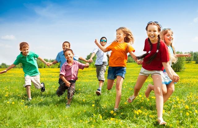 outdoor-play-childhood-development-1
